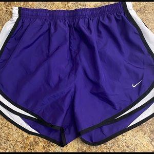 Women's Nike Tempo Running Shorts, Size Medium, NWOT Purple/Black